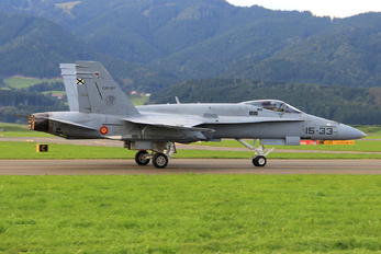 15-33 - Spain - Air Force McDonnell Douglas F-18C Hornet