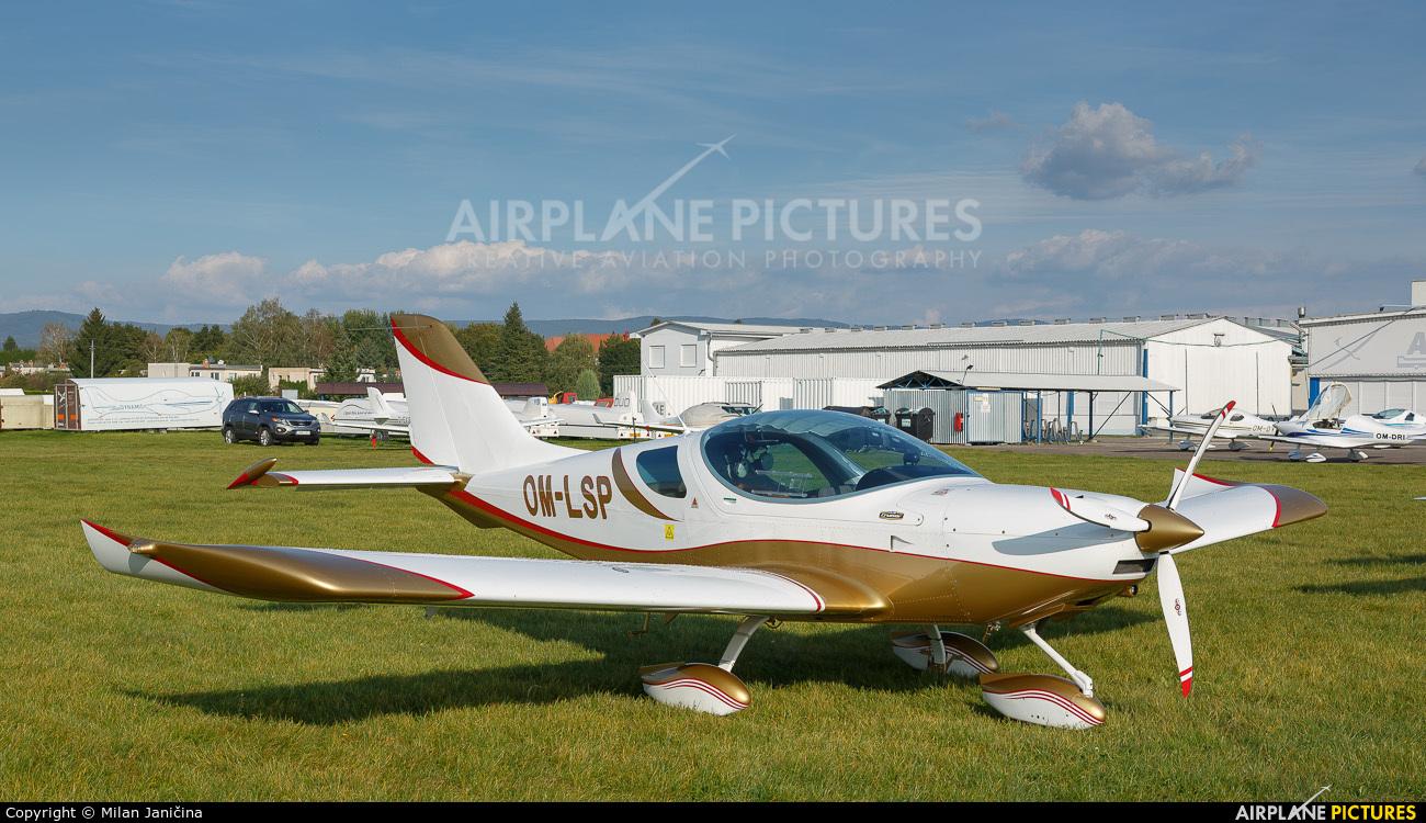 Private OM-LSP aircraft at Prievidza