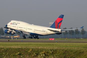 N662US - Delta Air Lines Boeing 747-400
