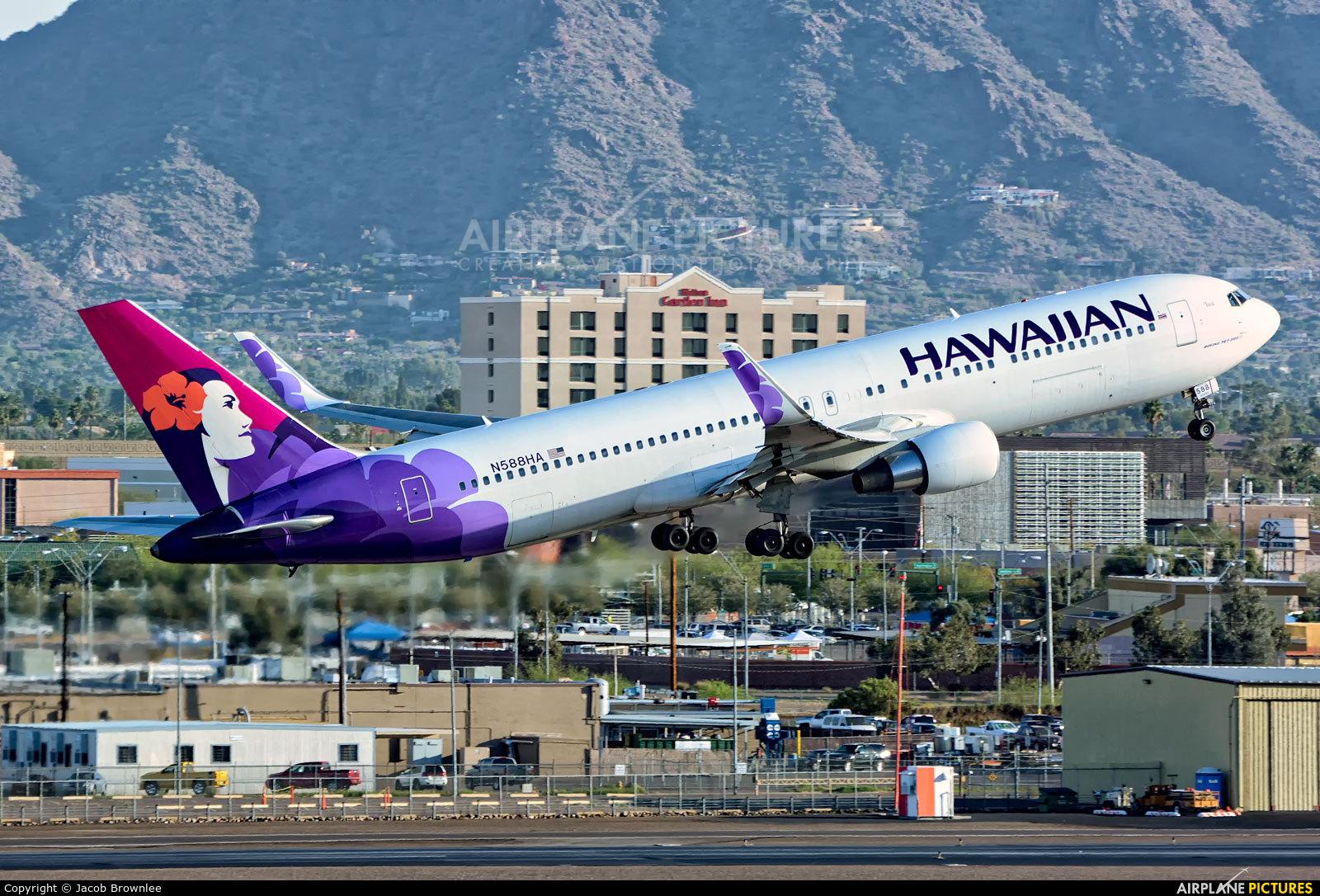 Hawaiian Airlines N588HA aircraft at Phoenix - Sky Harbor Intl