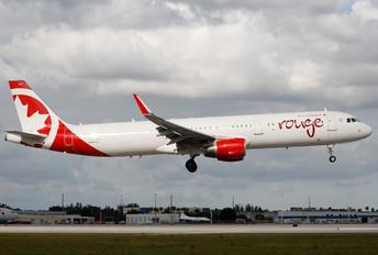 C-FJQH - Air Canada Rouge Airbus A321