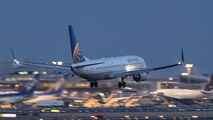 N73299 - United Airlines Boeing 737-800 aircraft