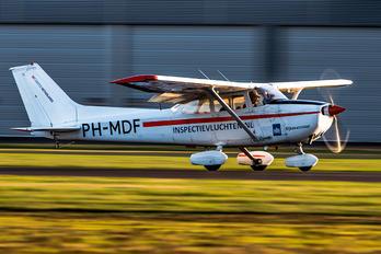 PH-MDF - Sky Service Netherlands B.V. Cessna 172 Skyhawk (all models except RG)