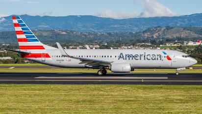 N966NN - American Airlines Boeing 737-800