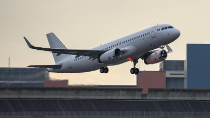 XU-353 - Cambodia Angkor Air Airbus A320