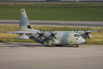 KAF327 - Kuwait - Air Force Lockheed C-130J Hercules