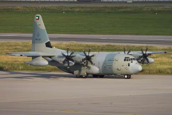 KAF327 - Kuwait - Air Force Lockheed C-130J Hercules