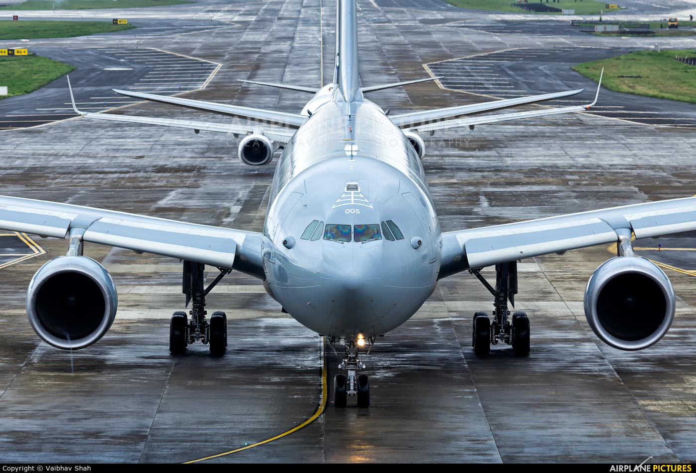 Australia - Air Force A39-005 aircraft at Mumbai - Chhatrapati Shivaji Intl