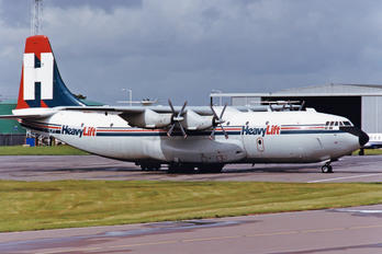 G-HLFT - HeavyLift Cargo Airlines Short SC.5 Belfast C.1