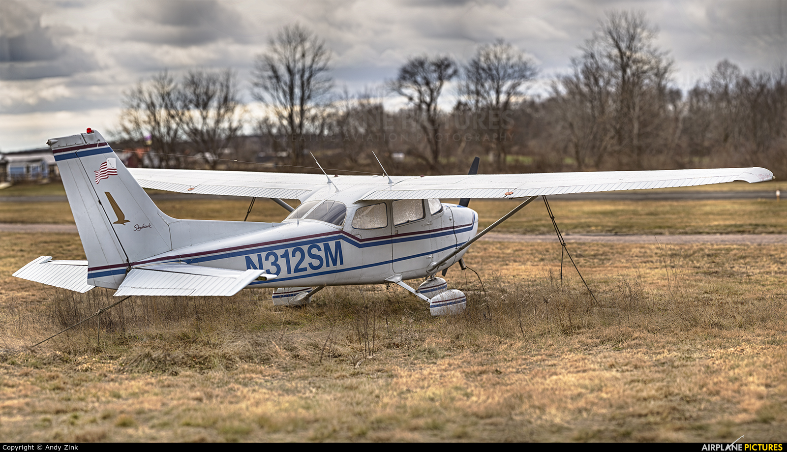 Private N312SM aircraft at