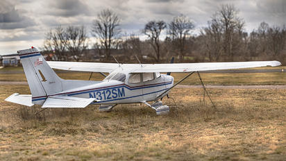 N312SM - Private Cessna 172 Skyhawk (all models except RG)