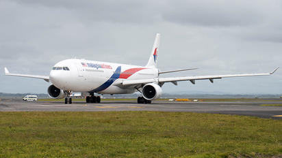 9M-MTI - Malaysia Airlines Airbus A330-200