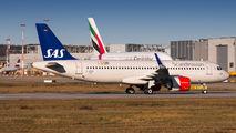 D-AXAL - SAS - Scandinavian Airlines Airbus A320 NEO aircraft