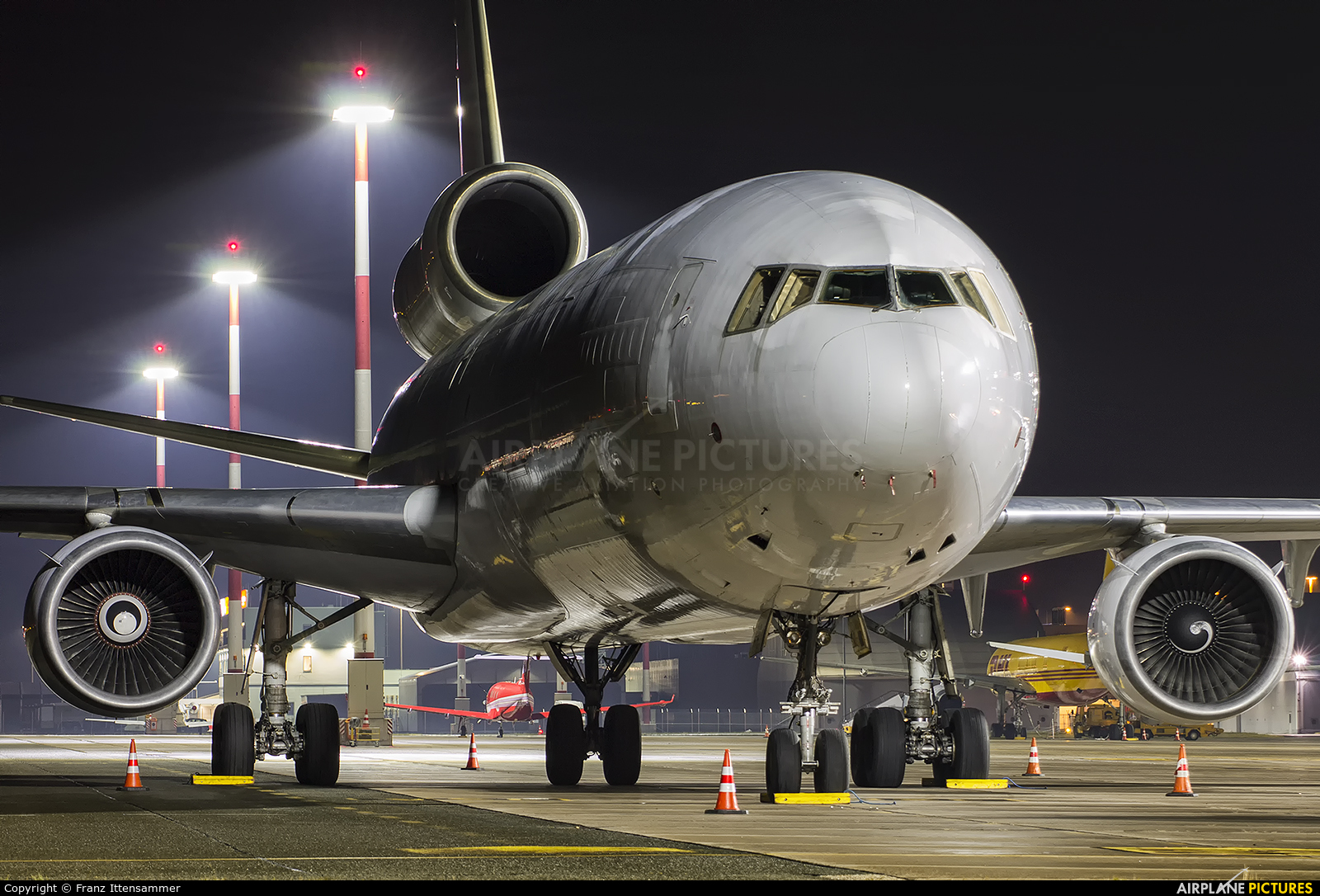 Western Global Airlines N512JN aircraft at Linz