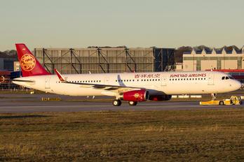 D-AZAT - Juneyao Airlines Airbus A321