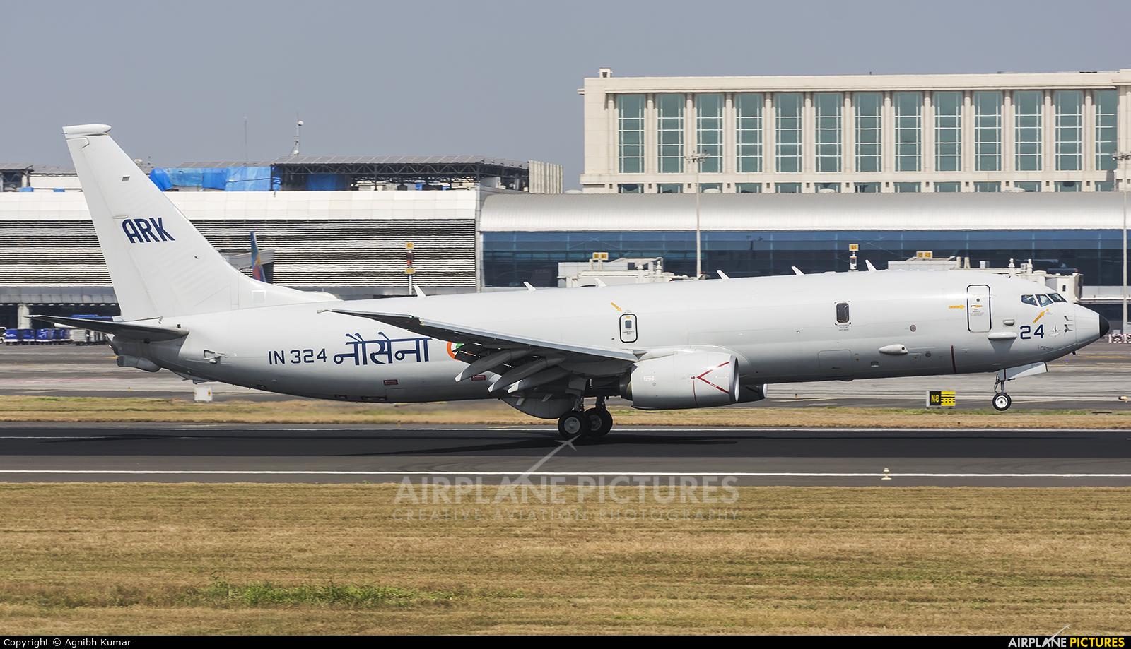India - Navy IN324 aircraft at Mumbai - Chhatrapati Shivaji Intl