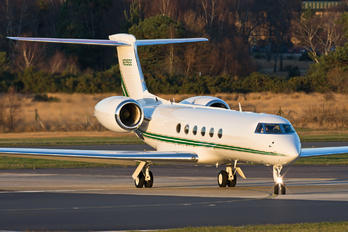 N225EE - Private Gulfstream Aerospace G-V, G-V-SP, G500, G550
