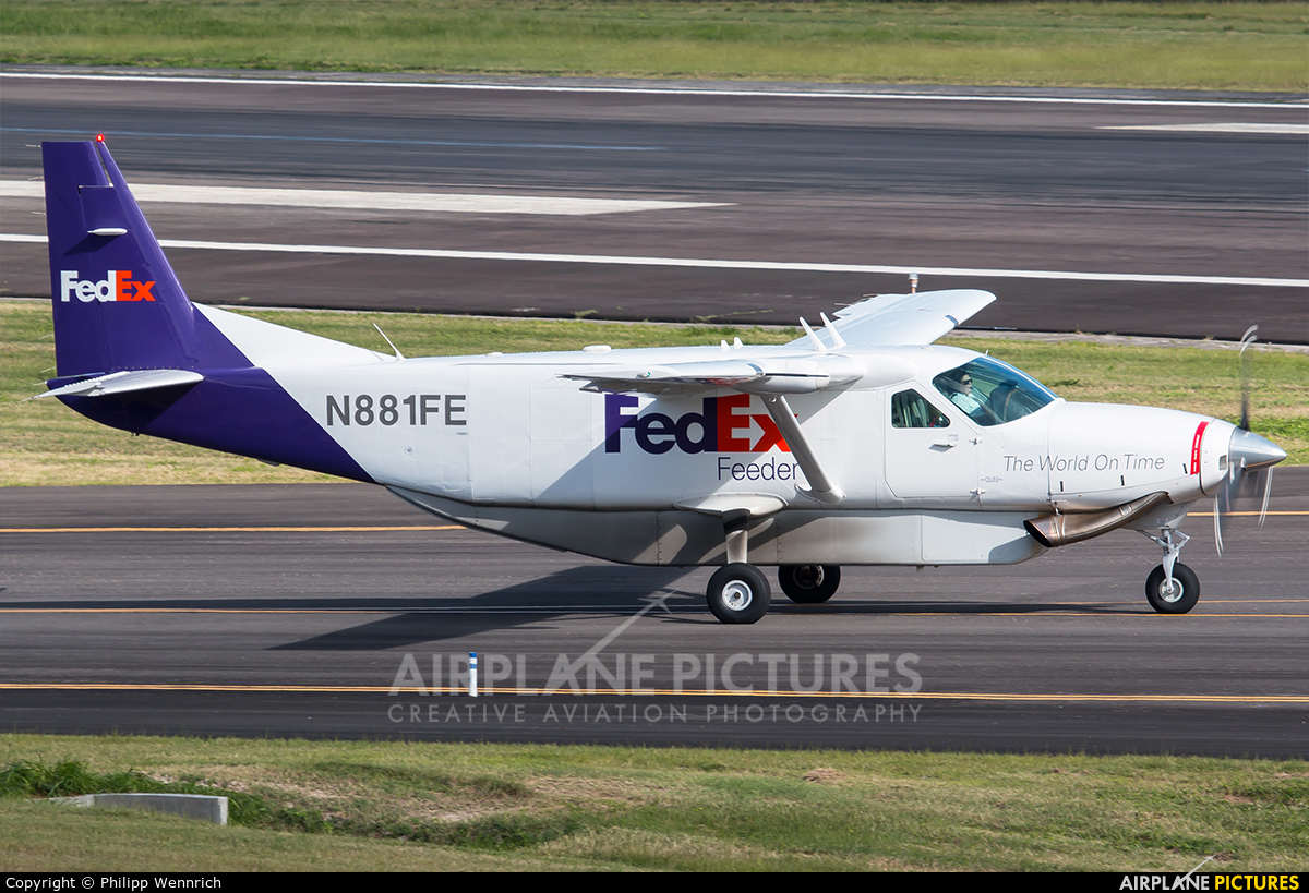FedEx Feeder N881FE aircraft at V.C. Bird