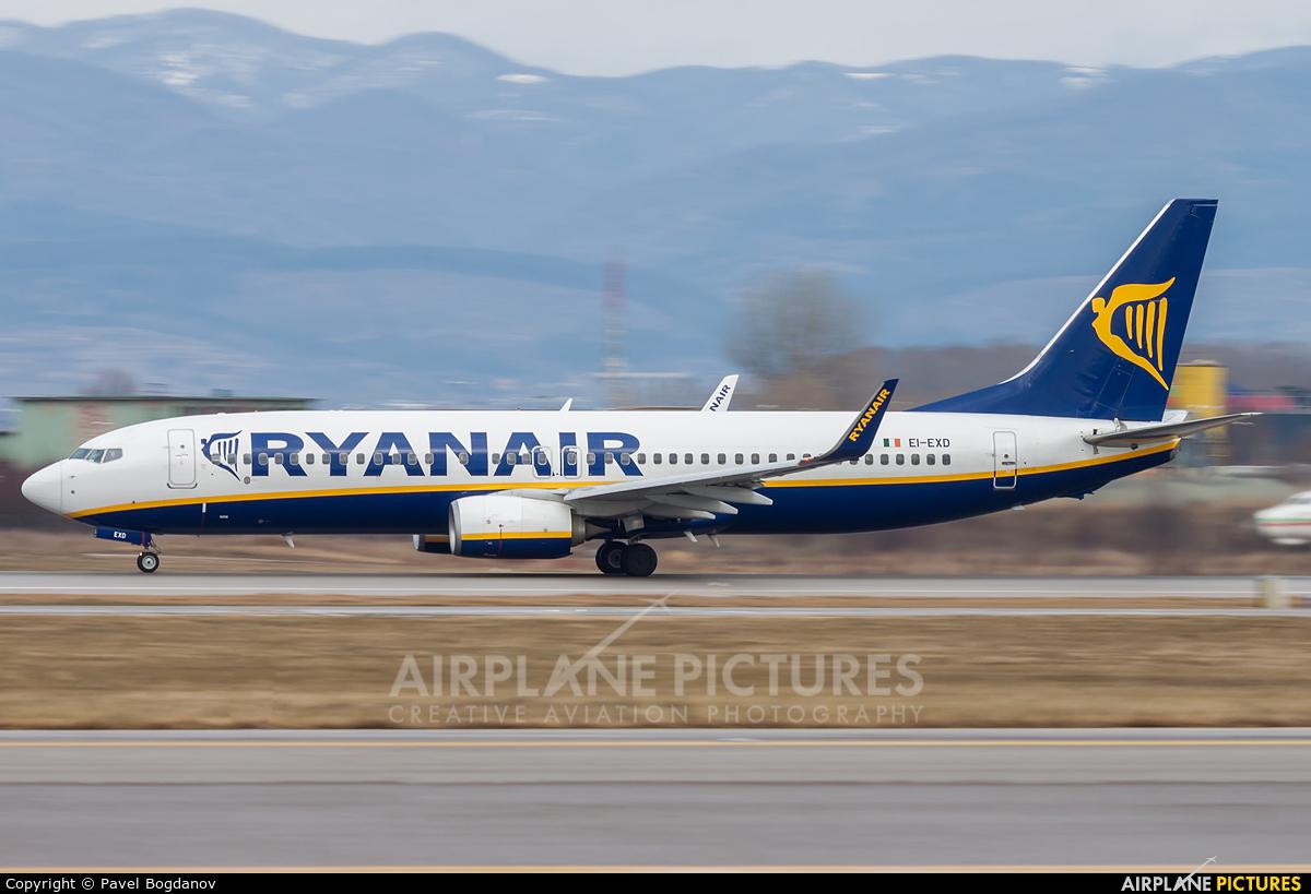 Ryanair EI-EXD aircraft at Sofia