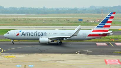 N347AN - American Airlines Boeing 767-300