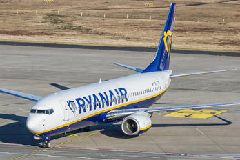 EI-FTG - Ryanair Boeing 737-8AS