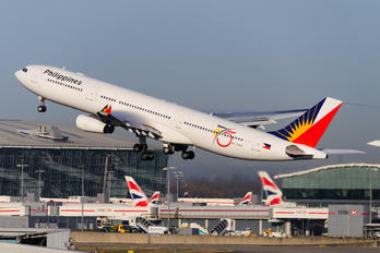 RP-C3439 - Philippines Airlines Airbus A340-300