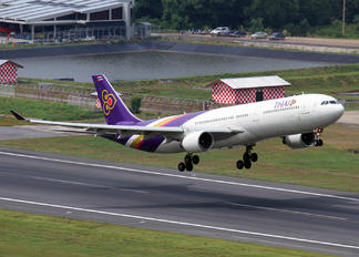 HS-TEJ - Thai Airways Airbus A330-300