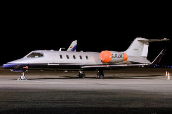ES-PVH - Avies Learjet 31