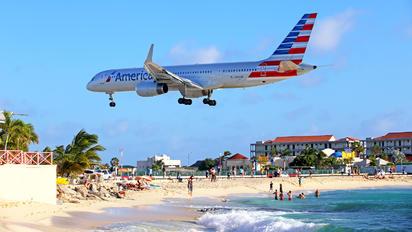 N935UW - American Airlines Boeing 757-200