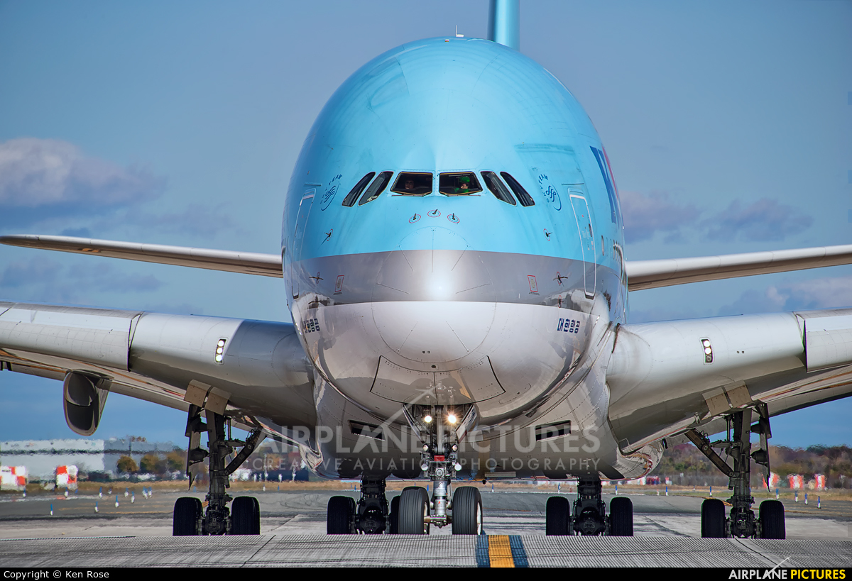 Korean Air HL7612 aircraft at New York - John F. Kennedy Intl