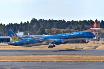 VN-A865 - Vietnam Airlines Boeing 787-9 Dreamliner