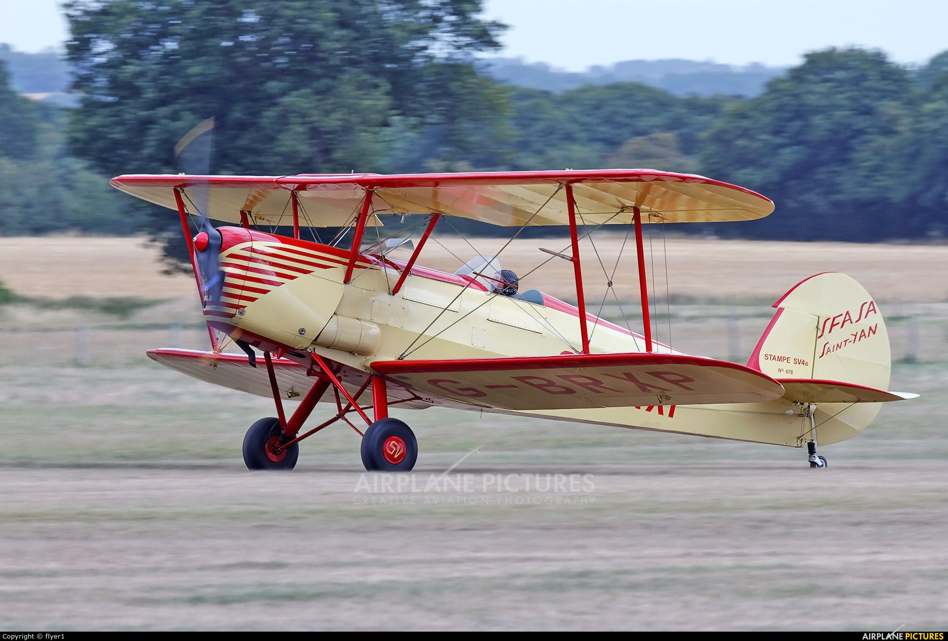 Private G-BRXP aircraft at Lashenden / Headcorn