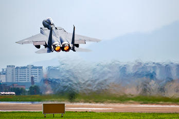 02-004 - South Korea - Air Force Boeing F-15K Slam Eagle