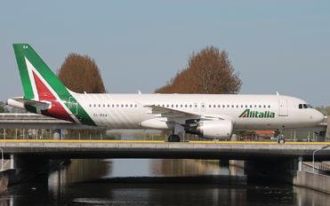 EI-DSA - Alitalia Airbus A320