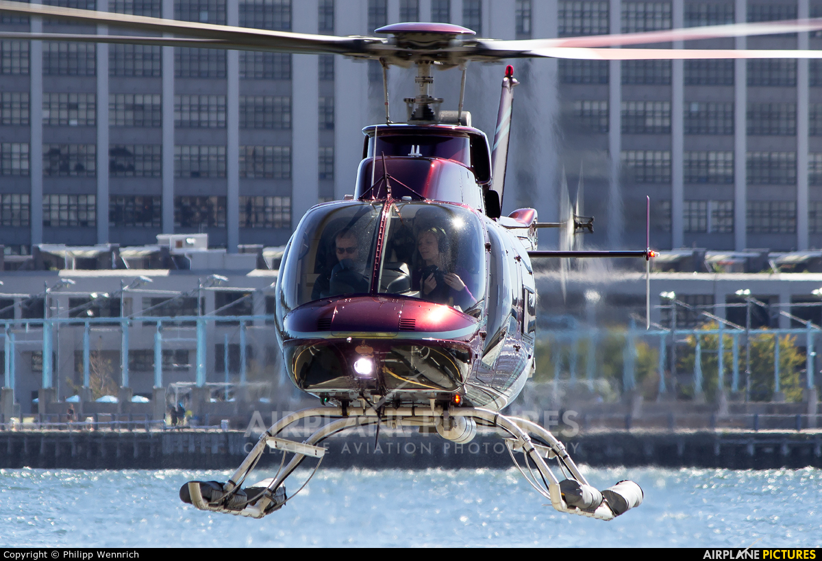 Private N407NP aircraft at New York - Port Authority Downtown Manhattan / Wall Street Heliport