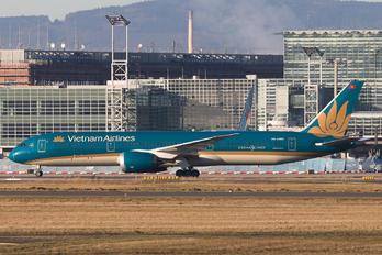 VN-A863 - Vietnam Airlines Boeing 787-9 Dreamliner