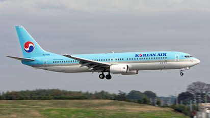 HL7726 - Korean Air Boeing 737-900
