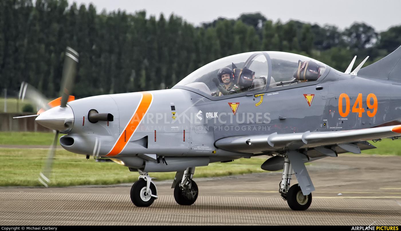 "Poland - Air Force ""Orlik Acrobatic Group"" 049 aircraft at Fairford"