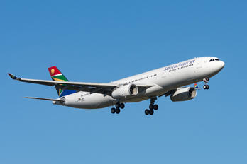 F-WWCH - South African Airways Airbus A330-300