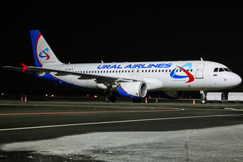 VQ-BLO - Ural Airlines Airbus A320