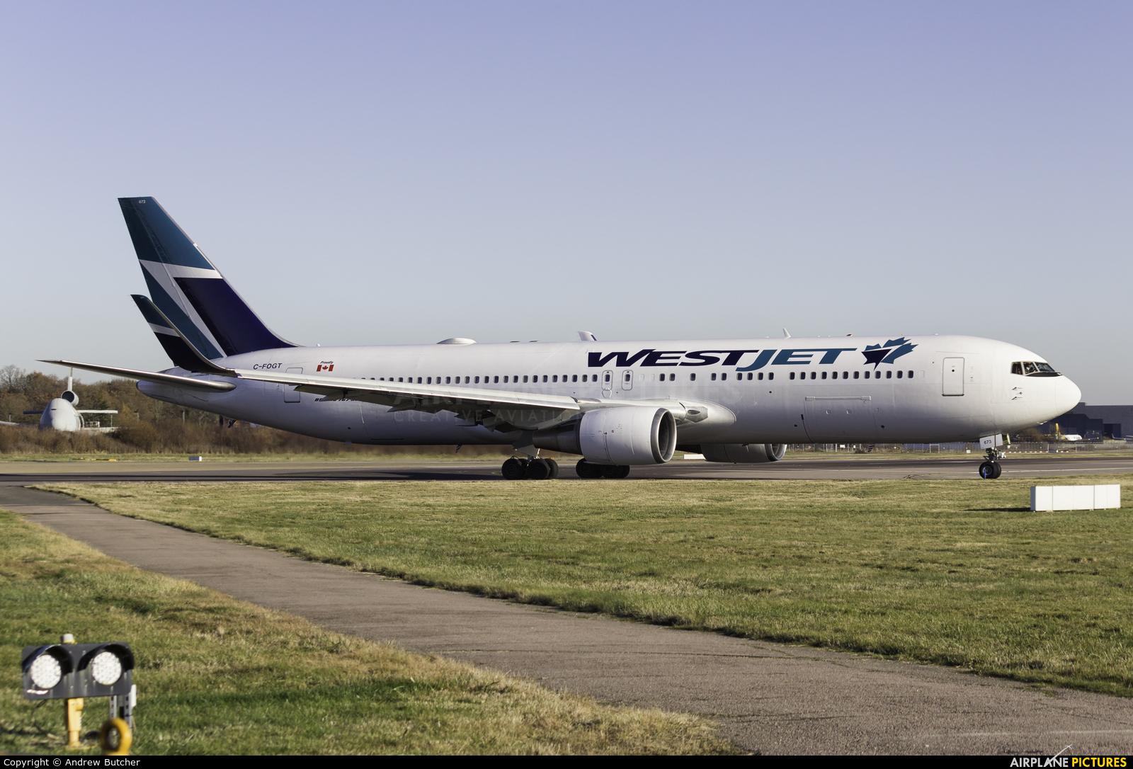 WestJet Airlines C-FOGT aircraft at London - Gatwick