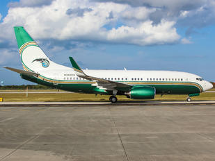 N260DV - Private Boeing 737-700 BBJ