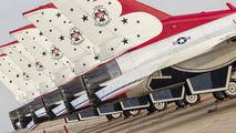 - - USA - Air Force : Thunderbirds General Dynamics F-16C Fighting Falcon aircraft