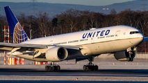 N206UA - United Airlines Boeing 777-200ER aircraft