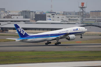JA710A - ANA - All Nippon Airways Boeing 777-200ER