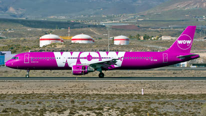 TF-SON - WOW Air Airbus A321