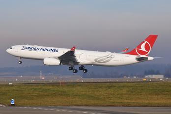 EI-FLT - Turkish Airlines Airbus A330-300