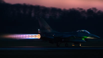 J-011 - Netherlands - Air Force General Dynamics F-16AM Fighting Falcon