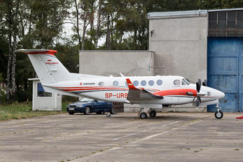SP-URS - Private Beechcraft 250 King Air