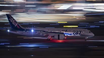 JA808A - ANA - All Nippon Airways Boeing 787-8 Dreamliner